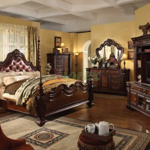 traditional_poster_bedroom_furniture_set_with_leather_headboard_-_tdc0000105